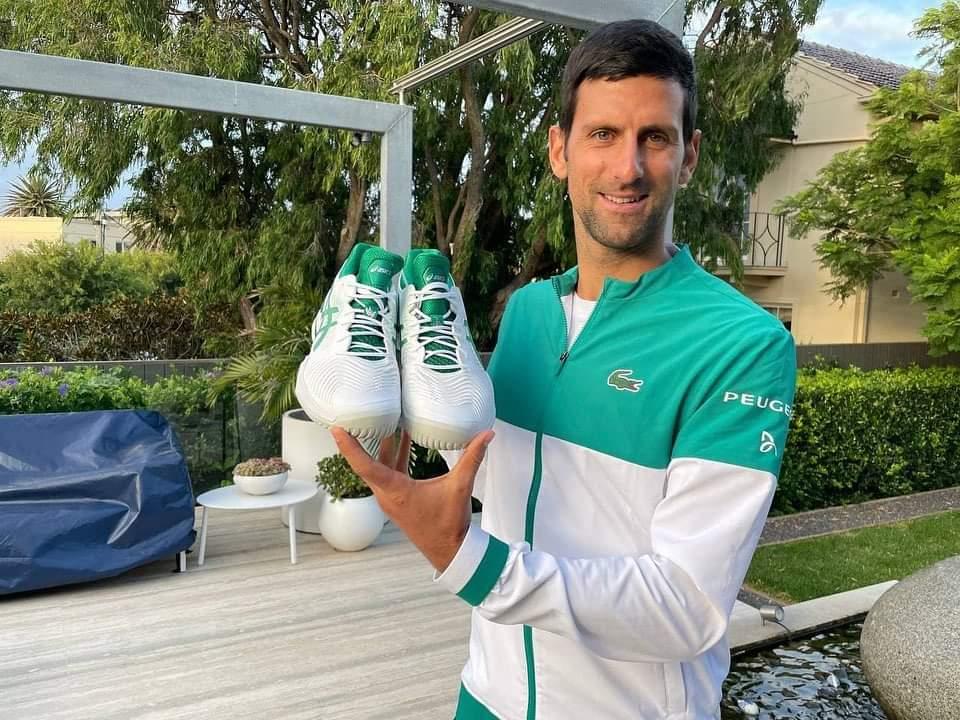 Djokovic aus open gear